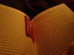 El Enigma de las Arenas (Pacurrio) Tags: light robert luz night ink reading book noche words leer libro literature enigma read spy novel arenas sands tinta literatura riddle letras lectura novela erskine tenue espias espionaje
