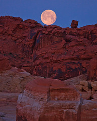 Moon Set Over Res Rocks (Jeffrey Sullivan) Tags: park travel las vegas blue red copyright usa moon southwest valleyoffire jeff nature rock set canon landscape outdoors fire photography twilight sandstone all photographer desert state photos united nevada lifestyle roadtrip visit full adventure nv explore rights valley hour april states sullivan dslr reserved formations active 2012 nomadic dontfencemein nevadatravel 5dmarkii travelnevada