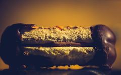 HMM-inbetween-3550-2 (EB_Creation) Tags: macro macromondays inbetween between nikon sigma d7100 dof depthoffield chocolade chocolate cookie light space spaceinbetween 2017 camera lens digital