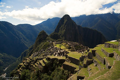 Machu Picchu....amazing (przemekl73) Tags: peru peruana southamerica sudamerica inca mountains montanas landscape tradition sacretvalley vallesagrado vistas urubamba machupicchu machu picchu naturaleza nature light sky view nationalgeographic ngc