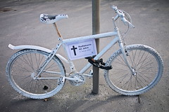 42 Year Old Cyclist Killed In A Car Accident (gerrit-worldwide.de) Tags: killed trafficaccident caraccident bicycle death memory cyclist killedcyclist whitebicycle