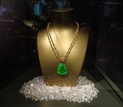 Jade necklace of James Bond (eutouring) Tags: paris france travel exhibition jamesbond 007 themanwiththegoldengun jade gemstone necklace jewellery