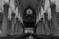 St. Patrick's Cathedral Black&White edit (RigieNL) Tags: zwart wit blackandwhite zwartwit kerk church stpatrick'scathedral nyc newyork america usa manhattan midtown