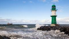 Warnemünde (unukorno) Tags: rostock mecklenburgvorpommern deutschland warnemünde balticsea ostsee lighthouse waves stones