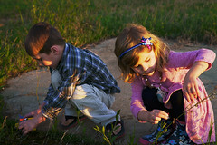 Playing at Sunset (canaanbarger) Tags: kids children playing sun sunset sunlight dusk outdoor outside nature naturallight sony canon a7sii people