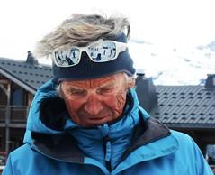 Les bronzés font du ski. (dominiquita52) Tags: streetphotography skiing ski instructor moniteurdeski glasses reflections wrinkles rides