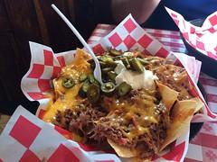Pulled pork nachos (Lindell Dillon) Tags: dannasbbq branson foodporn