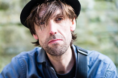Stranger 377 - Philipp (Andrew The Professor) Tags: glastonbury stranger philipp guitarist singer hat reflector 85mm sal85f28