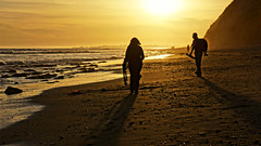 Sunset Ready (Damian Gadal) Tags: arroyoburrobeach santabarbara california sunset silhouette sonynex7 april 2017 free creativecommons