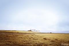 Case d'Islanda 2 (Crisbina) Tags: islanda reykjavík snow sea ocean neve ghiaccio ice panorama landscape natura nature fire fuoco acqua terra aria lighthouse faro church chiesa mountain house street path iceland