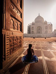 Taj View - Agra, India (Kartik Kumar S) Tags: architecture tajmahal taj agra uttarpradesh india sunrise light design street photography canon 600d tokina 1116mm lady