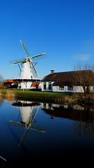 TEN BOER, THE NETHERLANDS (pwitterholt) Tags: tenboer groningen damsterdiep white wit reflection reflectie weerspiegeling weerkaatsing canon canonsx40 canonpowershotsx40hs canonpowershot