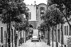 Streets of Barcelona (KyllerCG) Tags: barcelona catalonia catalunya espanha españa europa europe spain blackandwhite street urbanexploration