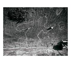 ... (J. Garcia2011) Tags: momocromo monochrome callejera urbano urbana byn bn blancoynegro blackandwhite bw street g11 comunidadvalenciana