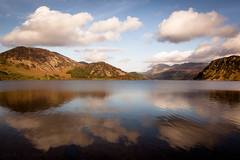 Ennerdale reflections (Sandy Sharples) Tags: ennerdale cumbria england nationaltrust landscape lake lakedistrict lakeland lakes mountains reflection clouds countryside spring