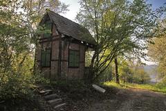 Let the rest of the world go by (crowfoto) Tags: love hut tuebingen tübingen garden green blue romantic lost