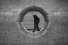 Walking in the Hole (Reiner Girsch) Tags: olympus omd em5 streetart street streetphotoraphy streetfotografie people life lifeofthestreet cologne humans köln menschen leute gesichter strase strasenfotografie rgfotografie city citydschungel grosstadtdschungel stadt blackandwhite blackwhite sw schwarzweis magazin streetmagazin issuu soulofstreetcom com passion leidenschaft sos soulofstreet silhouette light herzblut soulofcologne monochrome picoftheday pictureoftheday pothd followme streetphotographer lifeonthestreet reallife face faces bw hamburg soulofhamburg stpauli hh