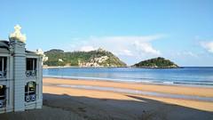 Cielos casi despejados en Donostia (eitb.eus) Tags: eitbcom 32961 g1 tiemponaturaleza tiempon2017 playa gipuzkoa donostiasansebastian jonhernandezutrera
