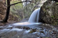 Río de seda (Aristides Díaz) Tags: riodúrcal cascada aguasedosa bosque piedras roca sigma1020 sierranevada