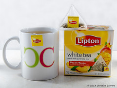 sat-assign15-Christina-Cabrera (Christina Cabrera) Tags: cup yellow bag logo tea box tag peach teabag lipton christinacabreraphotography