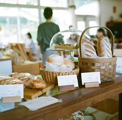 Delicious bread :) (Saori_) Tags: film japan rolleiflex cafe  hyogo