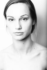 Jenna (Mike Cassara) Tags: new york newyorkcity portrait canon studio island long pretty gorgeous longisland gor alienbees 85l michaelcassara jennaprice