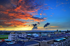 DSC_2147~2 台中的天空..08.25.2013 (michaeliao27) Tags: