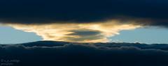 Entre tinieblas (@ngel Prez Rodrigo) Tags: light cloud storm luz clouds nubes tormenta nube