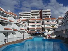 Hotell Las Floritas (tompa2) Tags: pool teneriffa vatten spanien hotell playadelasaméricas