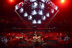 Muse (Toni Francois) Tags: show music concert live crowd band muse arena 360view