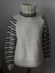Turtleneck wool sweater (Mytwist) Tags: wool fashion fetish cozy sweater high warm turtleneck knitted collar raglan heavy polo handknitted wolle tneck rollneck rollkragen woolfetish highneck handgestrickt rollerneck halsdukar030