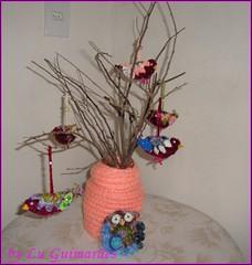 DSC05188 (Artesanato com amor by Lu Guimaraes) Tags: artesanato fuxico trico crochê {vision}:{outdoor}=0654 byluguimarães {vision}:{plant}=0567 {vision}:{text}=0526