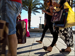 2014 74 (Nigel Bewley) Tags: street blackandwhite shopping march israel blackwhite candid palmtree promenade 365 everyday pal eilat shoppers elat artphotography mamon creativephotography yearinpictures unlimitedphotos canong1x march2014 2014yip