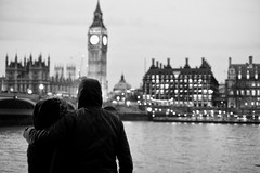 (LifeCatcher Photography) Tags: london uk big ben couple lovers river thames parliament palace westminster