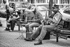 Street Jams (DJ Wolfman) Tags: street streetshots streetphoto streetphotography blackandwhite bw grandrapids grandrapidsmi michigan musicians canon 1dsmarkiii 70200f28lis people