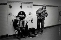 musiciens du metro (sanino fabrizio) Tags: musiciens metro parigi metropolitana artisti strada street photography persone uomini musicisti bianco e nero francia canon 550d 1855 monocromo fisarmonica strumenti musicali