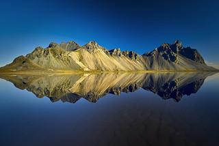 Les reflets du Vestrahorn Islande