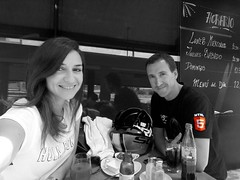 24 April 2017 · meeting Fairuza (tripu) Tags: 2017 april dailyphoto tripu patri friend retouched gimp blackandwhite bw colour effect spain madrid lastablas break lunchbreak bar café restaurant standing posing smiling table drink refreshment lunch helmet workmate fairuza meeting