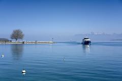 Water blue (Karl Le Gros) Tags: lacléman xaviervonerlach nyon 2017 cantondevaud switzerland lebeaupaysdevaud sonyilce7rm2 sonyzeissfe55mmf18za 澤維爾·馮·埃拉赫