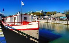 The Boat (YᗩSᗰIᘉᗴ HᗴᘉS +5 000 000 thx❀) Tags: dock boat blue river hensyasmine bruxelles brussels belgium belgique leica leicaq