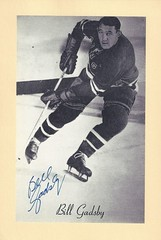 1944-63 NHL Beehive Hockey Photo / Group II - BILL GADSBY (Defence) (b. 8 Aug 1927 - d. 10 Mar 2016 at age 88) (Hall of Fame 1970) - Autographed Hockey Card (New York Rangers) (#312) (Baseball Autographs Football Coins) Tags: hockey beehive 1934 1967 19341967 groupi groupii groupiii woodgrain torontomapleleafs bostonbruins newyorkrangers montrealcanadiens chicagoblackhawks detroitredwings montrealmaroons newyorkamericans card photos hockeycards brooklynamericans nationalhockeyleague nhl billgadsby hhof hof hockeyhalloffame halloffame defence defense