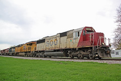 Rainbow of six six-axle units powering 281 (AndyWS formerly_WisconsinSkies) Tags: train railroad railway railfan canadianpacificrailway canadianpacific cprail cp sooline soo soolinesd60 soosd60 emd emdsd60 sd60 locomotive