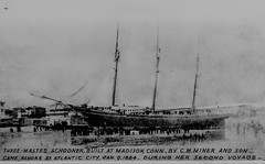 Grounded Schooner (Madison Historical Society) Tags: madisonhistoricalsociety madisonhistory mhs madison connecticut conn ct connecticutscenes country usa newengland nikon nikond600 d600 bobgundersen old historical history museum antiques allisbushnellhouse abhouse interesting image photo picture shot shoreline scene ship ocean water waterfront outside outdoor exterior