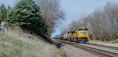 Loaded Ethanol (jimt31) Tags: up crestonil trains railroad ethanoltrain tankcars upgenevasub