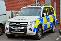 WN61 GXV (S11 AUN) Tags: cheshire police mitsubishi shogun 4x4 events planning anpr nwmpg northwestmotorwaypolicegroup traffic car rpu roads policing unit 999 emergency vehicle wn61gxv