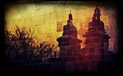 (tschmidt4) Tags: reflection church wall wand kirche steeple turm reflektion kirchturm kirchtrme pixlr