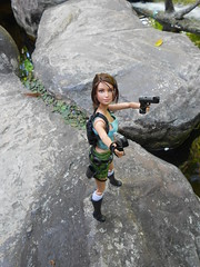 DSCN2557 (happy_tusya) Tags: thailand doll lara croft mattel katniss
