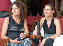 Taormina - Irish wedding (Luigi Strano) Tags: ladies girls italy portraits women europa europe italia donne sicily taormina ritratti sicilia messina ragazze sicile sizilien signore      barmocambotaormina