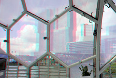 Floating Pavilion Rijnhaven 3D (wim hoppenbrouwers) Tags: 3d rotterdam anaglyph stereo domes kopvanzuid dwa derotterdam wilhelminapier redcyan rijnhaven koepels floatingpavilion drijvendpaviljoen