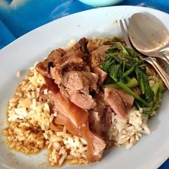 ข้าวขาหมู | Stewed Pork Knuckles with Rice @ 3 ข้าวมันไก่ | 3 Chicken Rice
